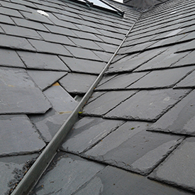 Poor slate and valley trough installation