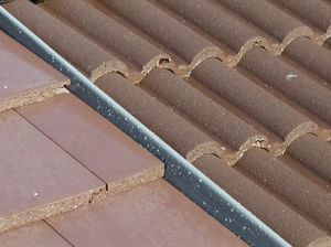 Dry fix bonding gutter