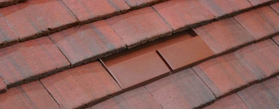 Danelaw Double Plain Roof Tile Vent 10/9 Antique Red